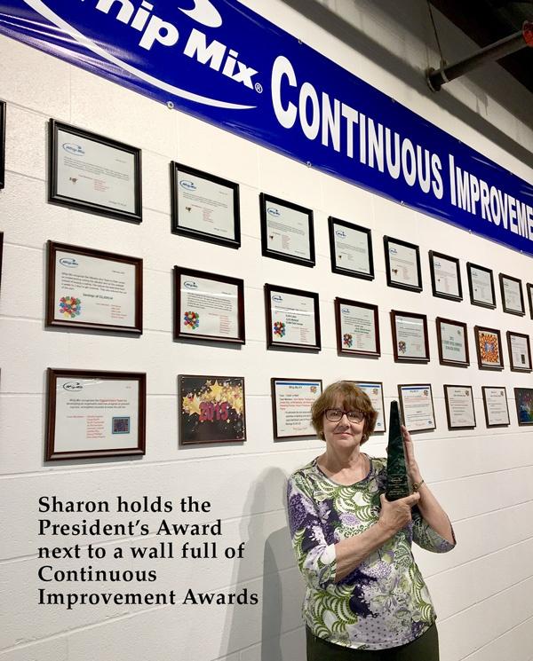 Sharon_Young_President_Award.jpg