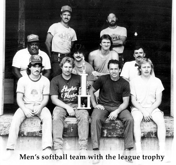 softball_team.jpg